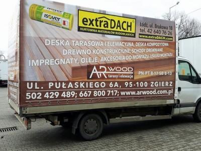 reklama na samochodzie