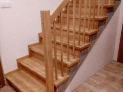 schody z boku
